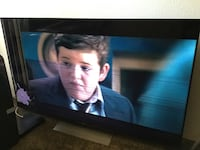65in. Sony tv.Left side of screen is cracked,and there's no remote. Phoenix, 85023