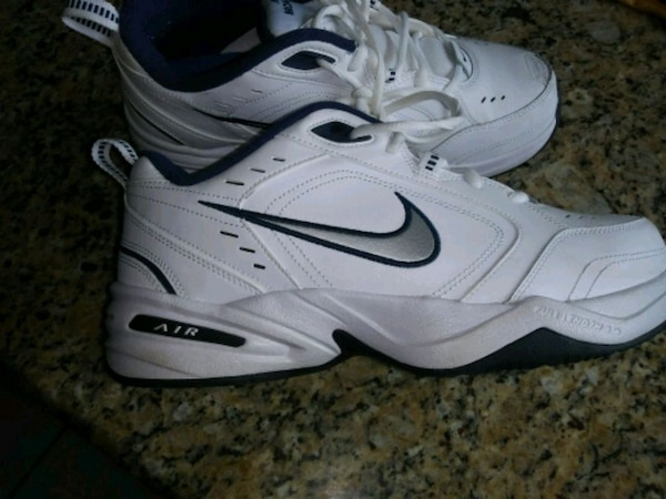 67f44c2316f Used Jogger Shoe Nike.9 for sale in Glendale Heights - letgo