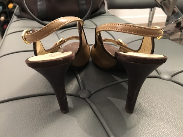 Charles & Keith (size 6.5) 4b3d7ca4-810e-473a-8160-9cd10386745d