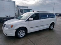 Chrysler - Town and Country - 2010 Chicago, 60639