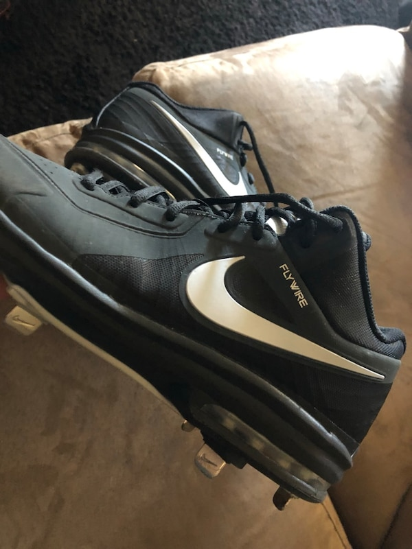 2e49b8274bf4d2 Used Baseball Cleats Spikes for sale in Fresno - letgo
