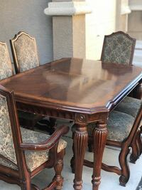 Wood dining table Las Vegas, 89148