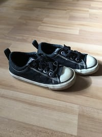 pair of black-and-white low top sneakers Toronto, M8W 4V1