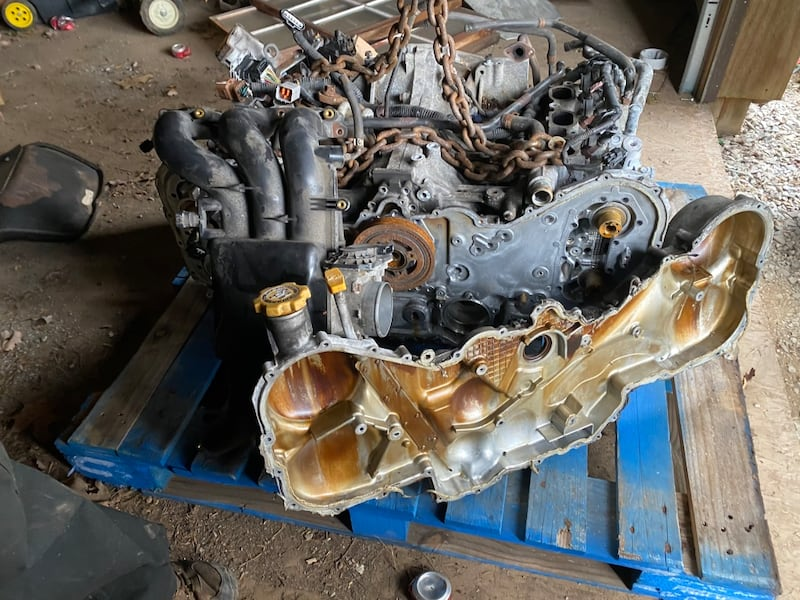 2009 SUBARU OUTBACK H6 BOXER ENGINE. BAD HEADS. 2