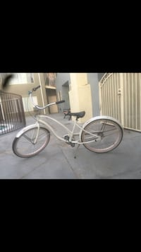 White Electra beach cruiser ! Corona, 92882