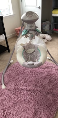 baby's white and gray cradle n swing Dover, 19904