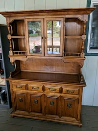 Buffet and China Hutch with Dinette set Milwaukie, 97267