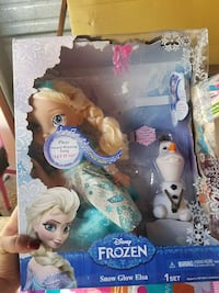 Elsa doll set Arlington, 76010