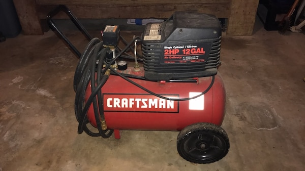 Craftsman 2HP 12 gallon air compressor Used