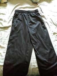 mens and 1 pants ..size large  Norfolk, 23503