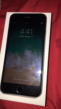 space gray iPhone 6 with box Baton Rouge, 70816