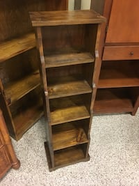 Solid wood bookshelf  Daytona Beach, 32117