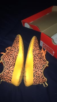 Nike Roshe runs Cheetah Capitol Heights, 20743