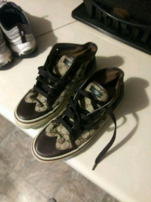 2d526ae263ab Used black-and-grey Gucci sneakers for sale in Decatur - letgo