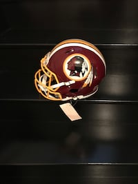 Washington Redskins Authentic Full Size NFL Helmet Vaughan, L4H 0V3