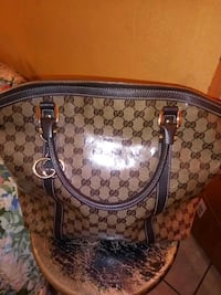 authentic gucci tote Jackson, 39212