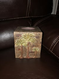 NEW Tissue Box Cover (palm tree/island theme) Chesapeake, 23320