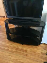 Tv stand with tempered glass shelves Montréal, H4H