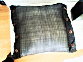 NEW DECORATIVE CUSHION, PILLOW - WITH REMOVABLE COVER