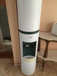 white and green milano hot and cold water dispener Montréal, H1R 2P5