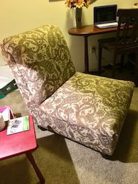 brown and white floral padded armchair Citrus Heights, 95610