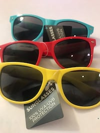 Sunglases red, green and green shades Alexandria, 22304