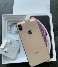 Gold iPhone xs max with box Mississauga, N0L 1J0