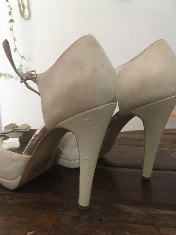Call It Spring Size 9 Heels 5be4c8b7-5054-4995-b631-03fe5ab82bcf