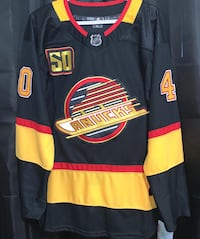 Petterson Canucks Flying Skate Retro Jersey #40 Sizes : Small to XXL