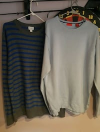 2 Man's sweaters SIZE L/price for both Providence