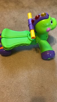 Green and purple ride on toy Saint Clair Shores, 48082