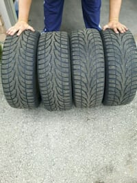 Snow tires and rims 215 55 R16