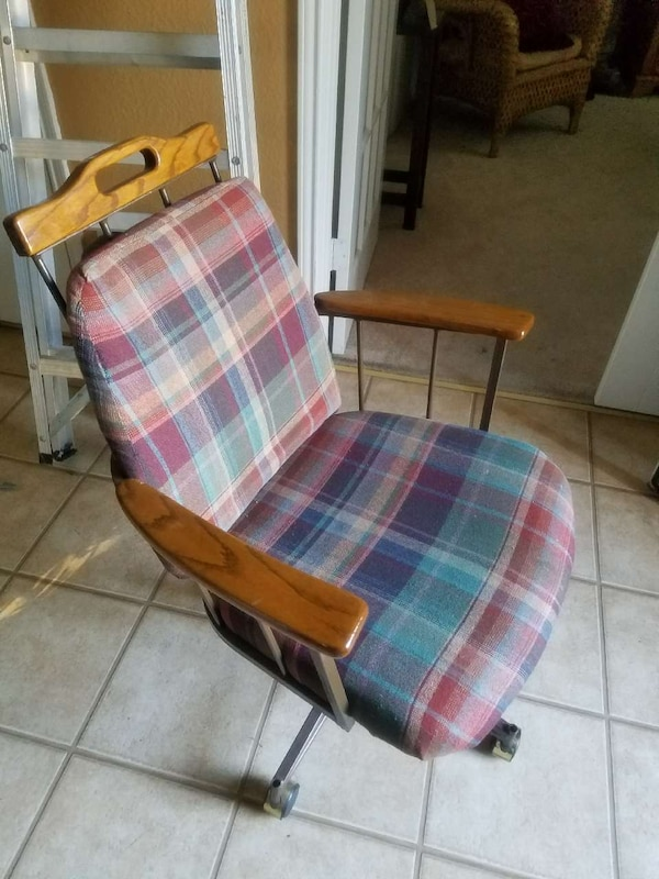 Remarkable Red Blue White And Brown Plaid Rolling Office Chair Pdpeps Interior Chair Design Pdpepsorg