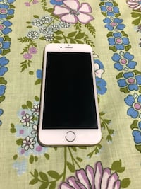 IPhone 6 16GB Unlocked Gold Mint Condition  Mississauga, L5N 1X2