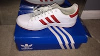 white and red adidas superstar District Heights, 20747