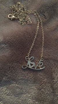 silver-colored chain necklace with pendant Hendersonville, 28792