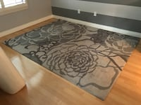 Tufted Gray Rug