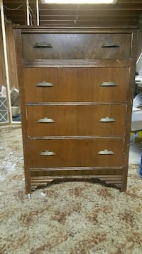 Vintage chest of drawers Regina, S4T 5J8