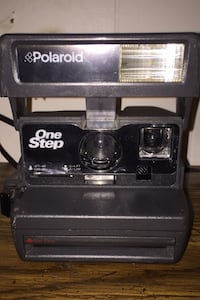 Polaroid camera basic one step
