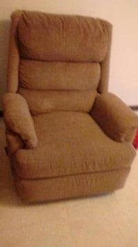 Recliner Chair !! Peoria, 61604