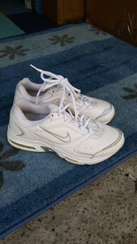 Nike shoes women size 8 Columbus, 43213