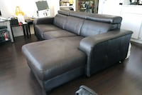Brown leather 3-seat sofa Vancouver, V6B 1V4