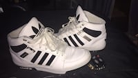 Adidas shoes Surrey, V3T 0J5