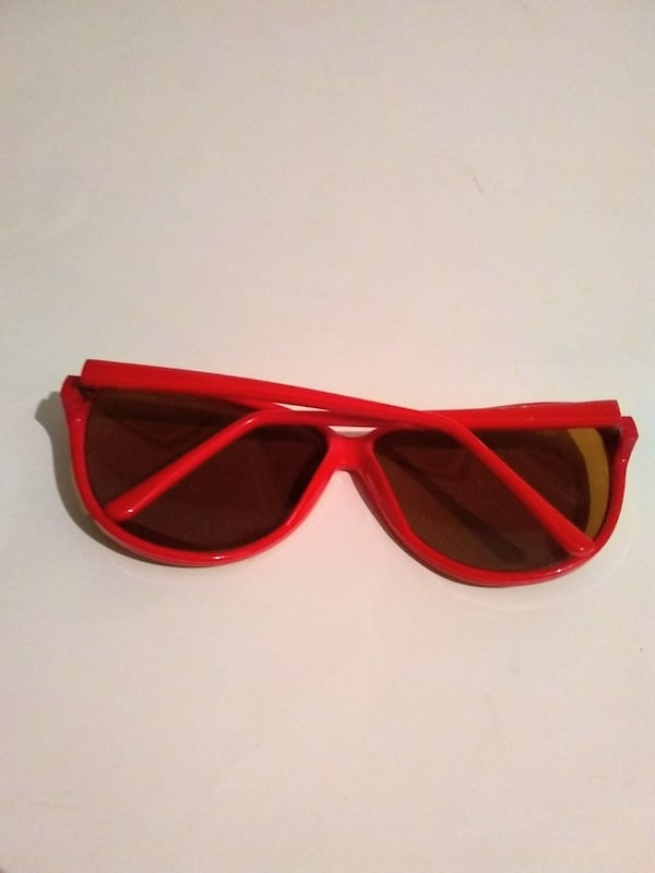 Vintage Red Women's Sunglasses 63c953e6-2083-4822-a2bc-82b24364cac2