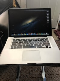 "MacBook Pro 15"", i7 Quad Core, 8gb, 500GB, Office 2011 Toronto, M1M"