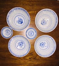 Blue detailed Asian style bowls  Pointe-Claire, H9R 3V2