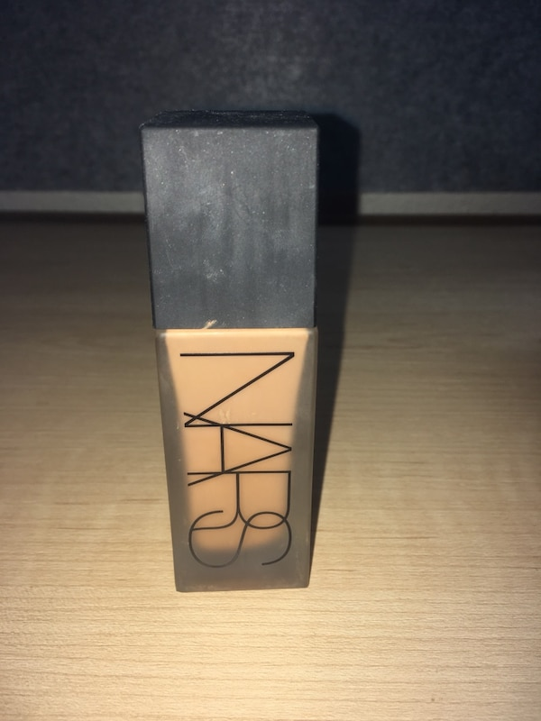 NARS all day luminous weightless foundation 9936b31a-fa92-4773-a323-31ad238d898a