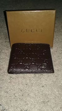 brown leather gucci bifold wallet