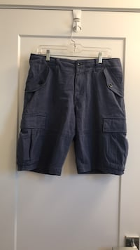 Men's Banana Republic cargo shorts - Size 31 Surrey, V4N 5X2
