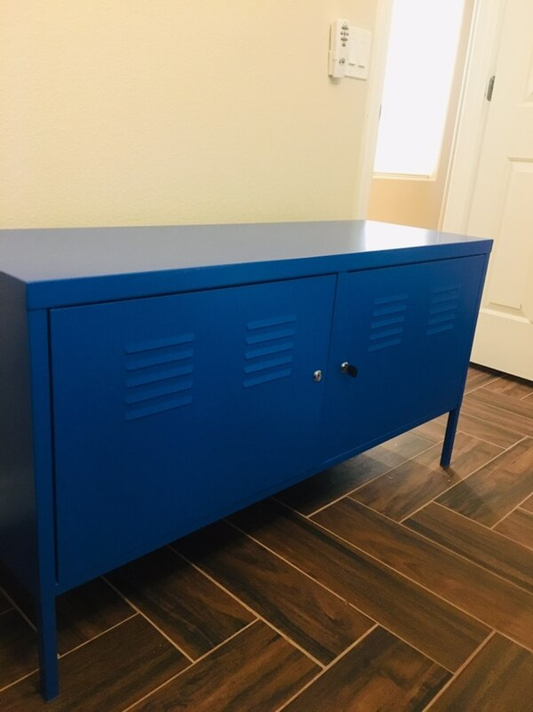 Student Desk and Locker-Style Cabinet 733c6ab7-2d54-40c0-855a-9f0cb9666953